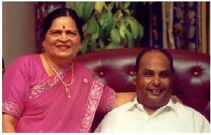 Wallpaper+of+Dhirubhai+Ambani.jpg